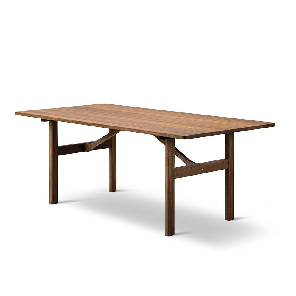 Mogensen 6284 Dining Table Smoked Oiled Oak
