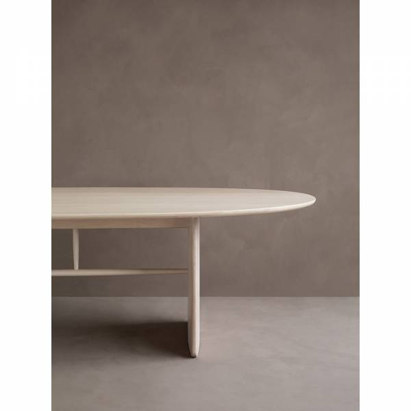 Pennon Small Oval Dining Table